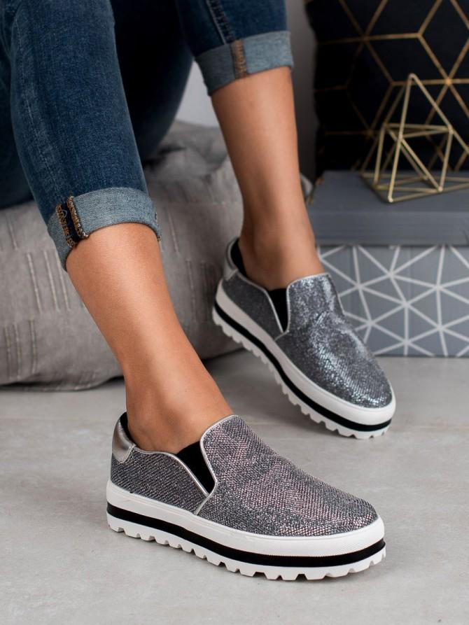 Shelovet superge, nizki čevlji siva/srebrna barva