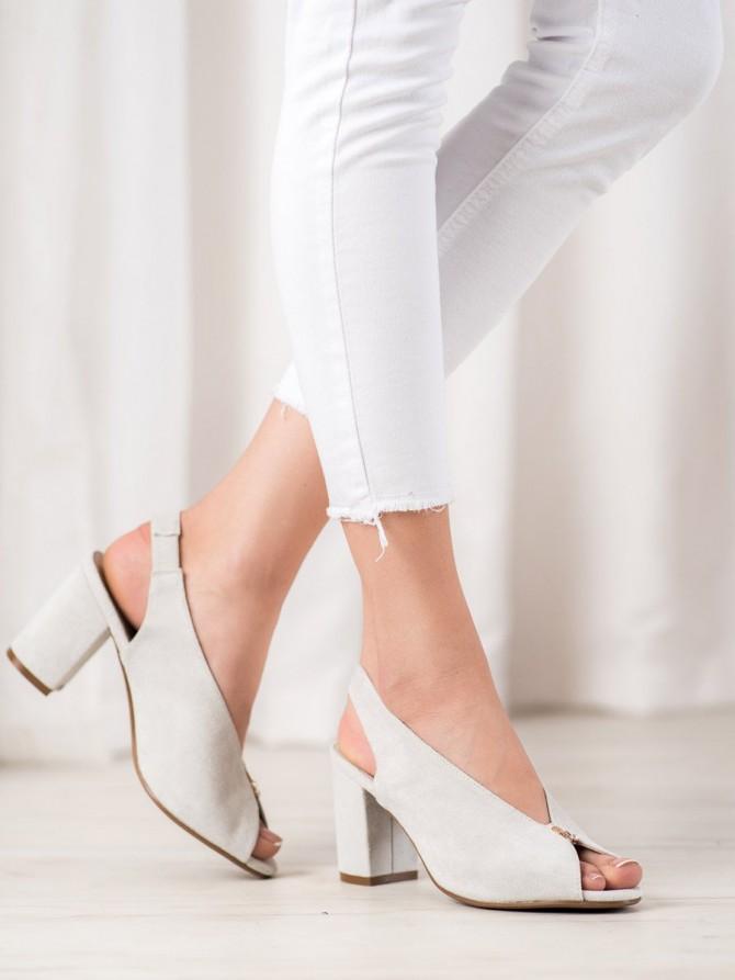 64636 - Vinceza sandali siva/srebrna barva