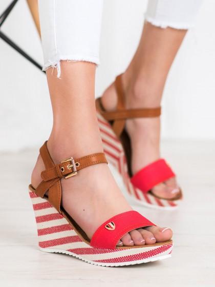 65084 - Goodin sandali rdeca barva