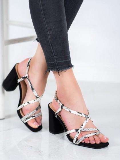 66136 - Kylie sandali crna barva