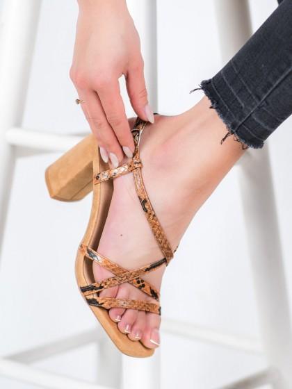 66137 - Kylie sandali rjava/bez barva