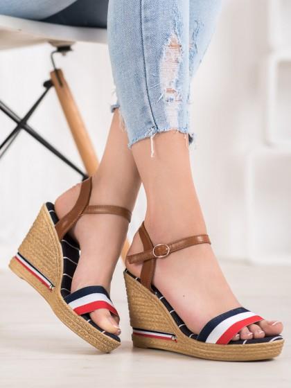 66304 - Yes mile sandali vecbarvna barva