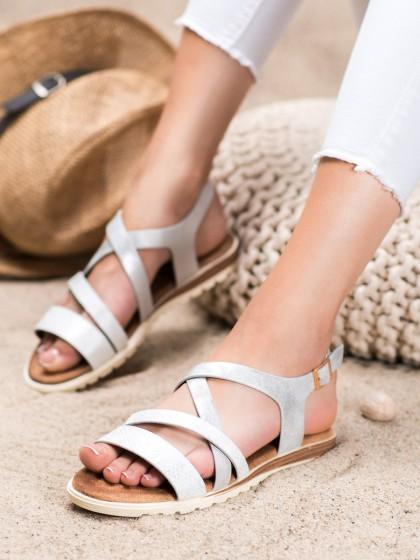 66357 - Evento sandali bela barva