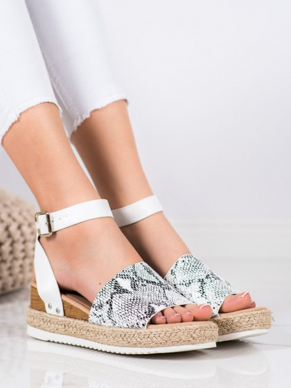 69988 - Kylie sandali zivalski motiv barva