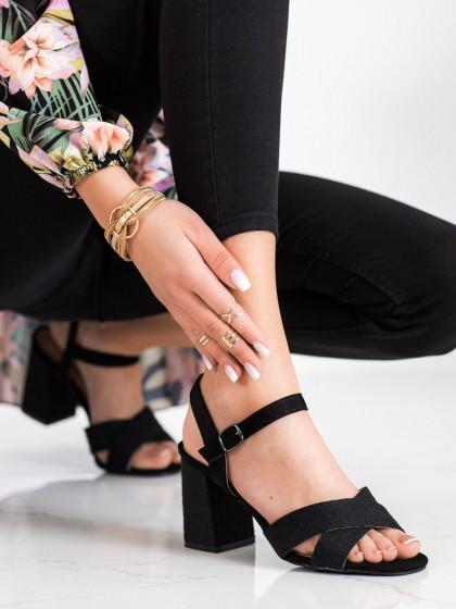 71432 - Vinceza sandali crna barva