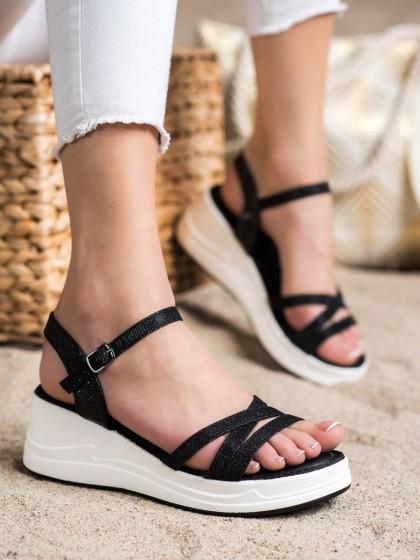 72321 - Small swan sandali crna barva