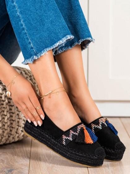 72595 - Coura nizki elegantni čevlji crna barva
