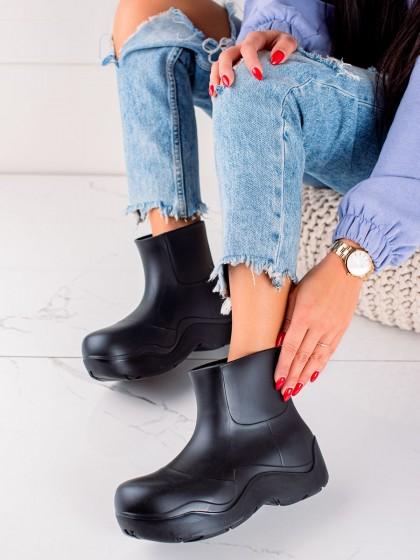73952 - Trendi Škornji za dež crna barva