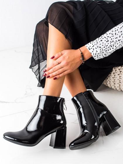 73964 - Lucky shoes gležnarji, piščančki crna barva