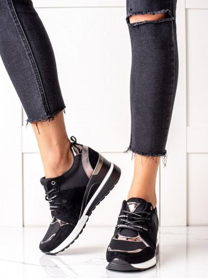 74097 - Vinceza superge, nizki čevlji crna barva